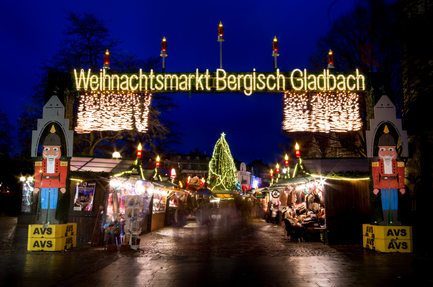 blaue stunde weihnachtsmarkt max schmidt fotografiert. Black Bedroom Furniture Sets. Home Design Ideas